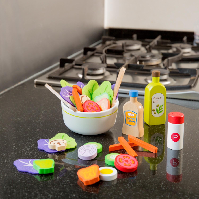Комплект за правене на салата- аксесоар за детска дървена кухня(2)-bellamie