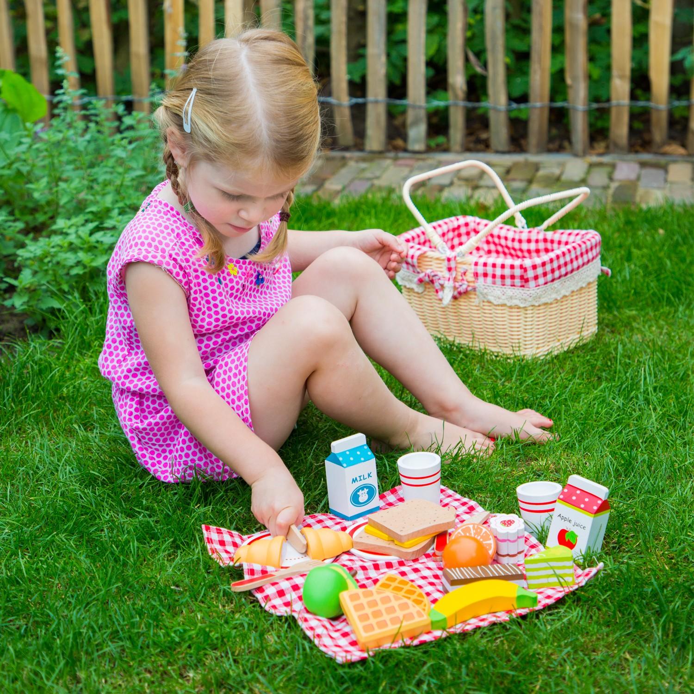 детски играчки за момичета-ролеви игри-дървена играчка-кошница за пикник(3)-bellamie