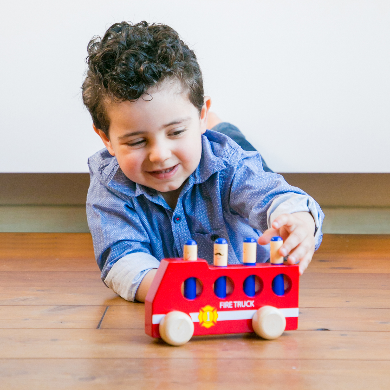 дървена играчка-подскачащите пожарникари-фината моторика(4)-bellamie