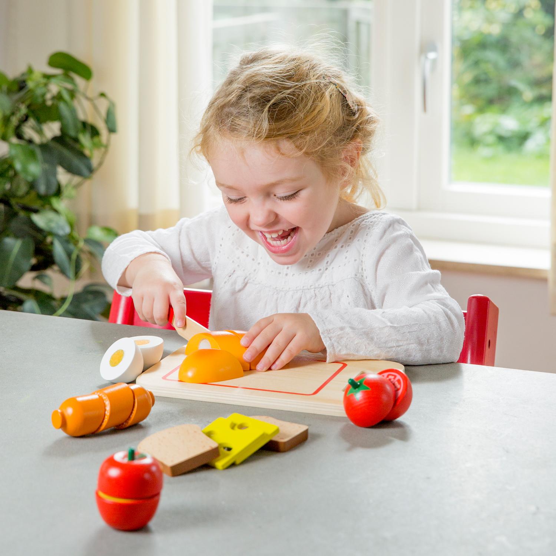 дървена играчка-дъска с продукти за рязане- Закуска(2)-bellamie