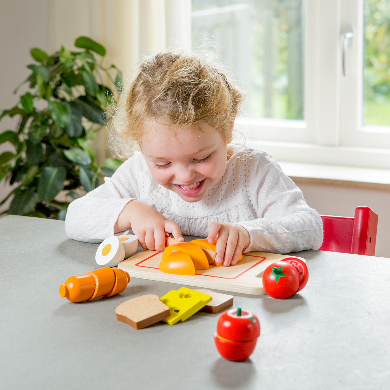 дървена играчка-дъска с продукти за рязане- Закуска(4)-bellamie