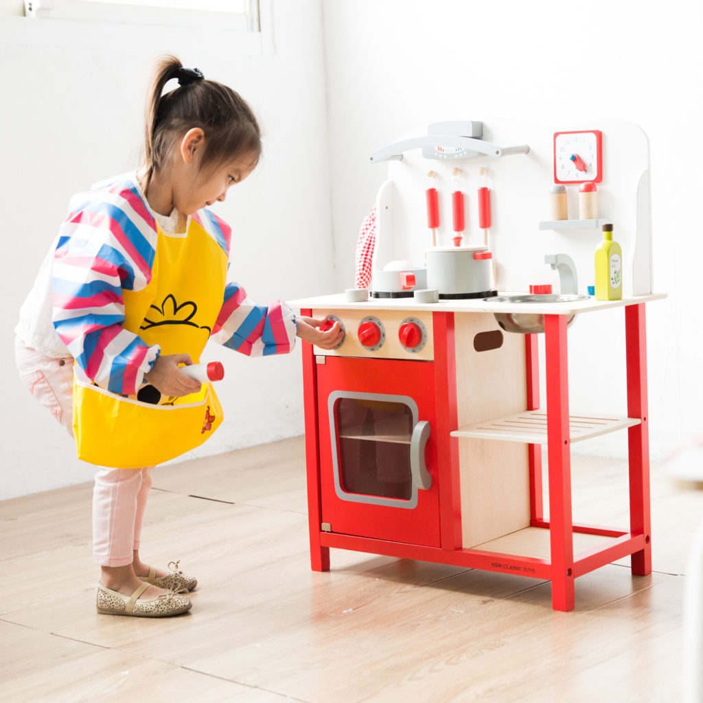 Детските дървени кухни за игра са естествени играчки -bellamie