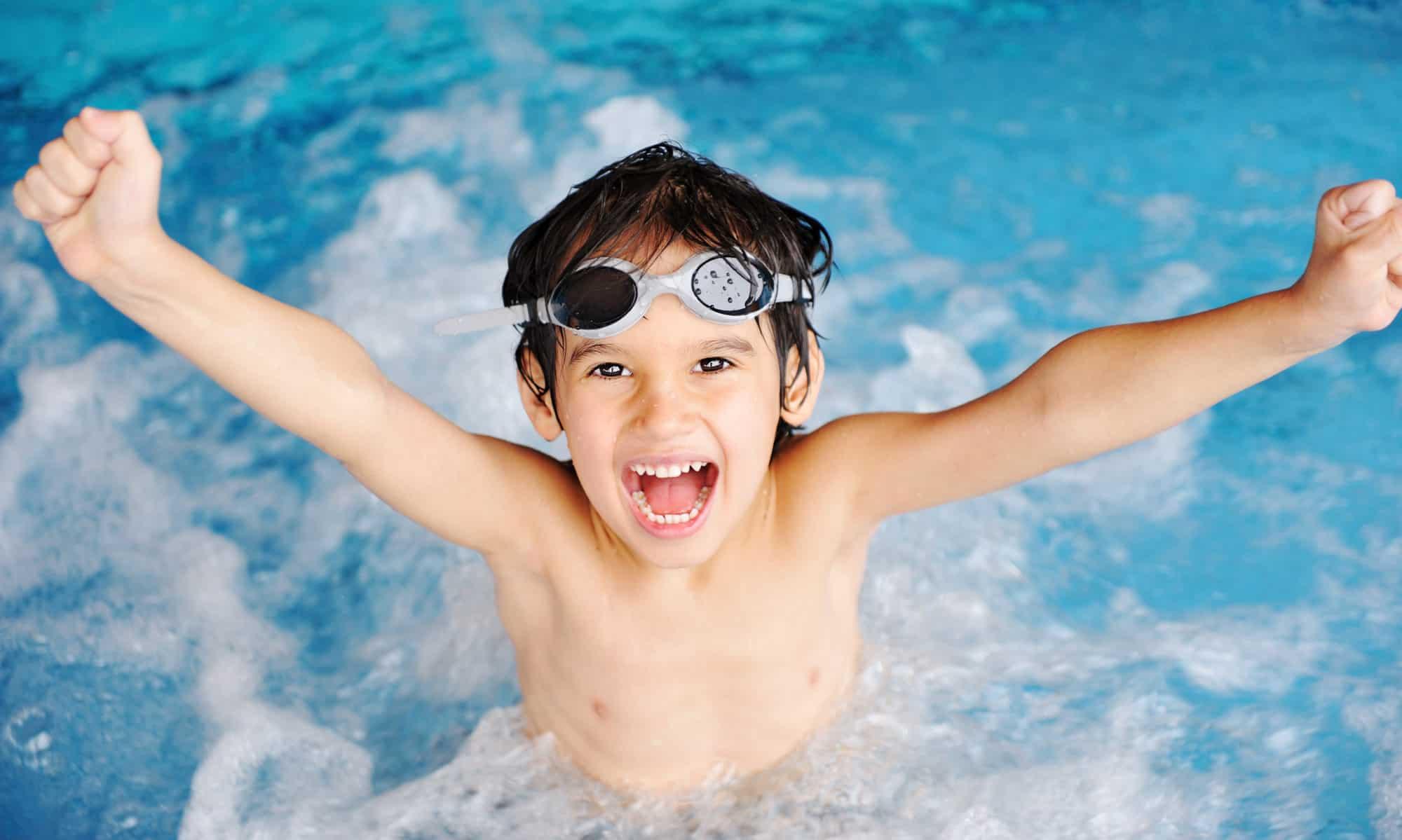 6ed1de5607a 5 забавни игри с които може да научите децата си да плуват | Bellamie
