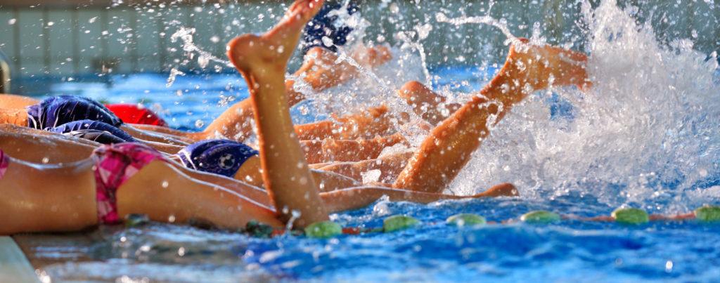 ритането с крака е много важно умение при плуването-bellamie