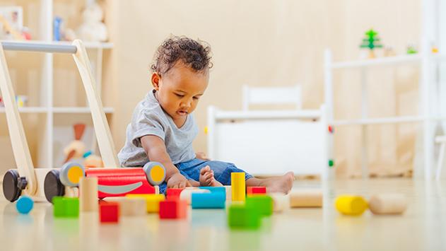 Прохождане на бебето - любими играчки за хващане-bellamiestore