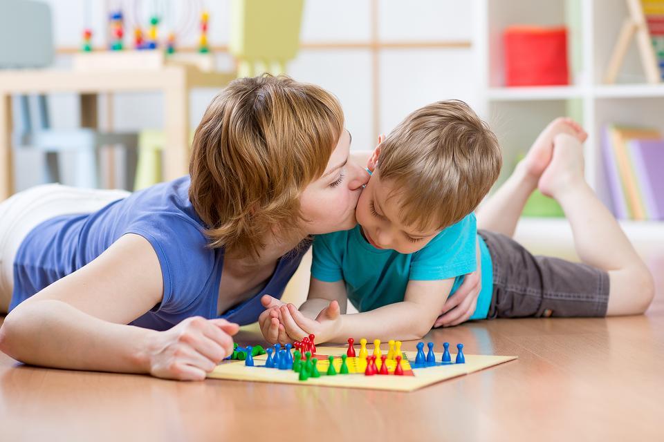 10 лесни стъпки за по-радостни деца и по-щастливи родители(6)-bellamie