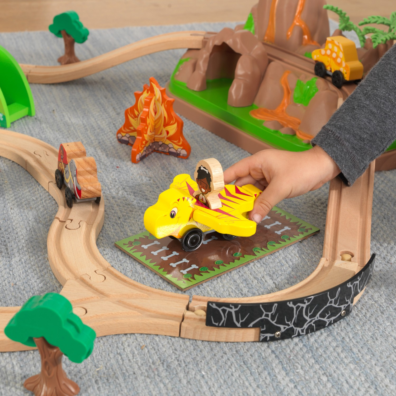 Детски дървен влак - Света на динозаврите - дървена играчка-bellamie