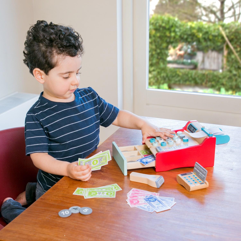 Детски касов апарат от New Classic Toys -дървена играчка(5)-bellamie