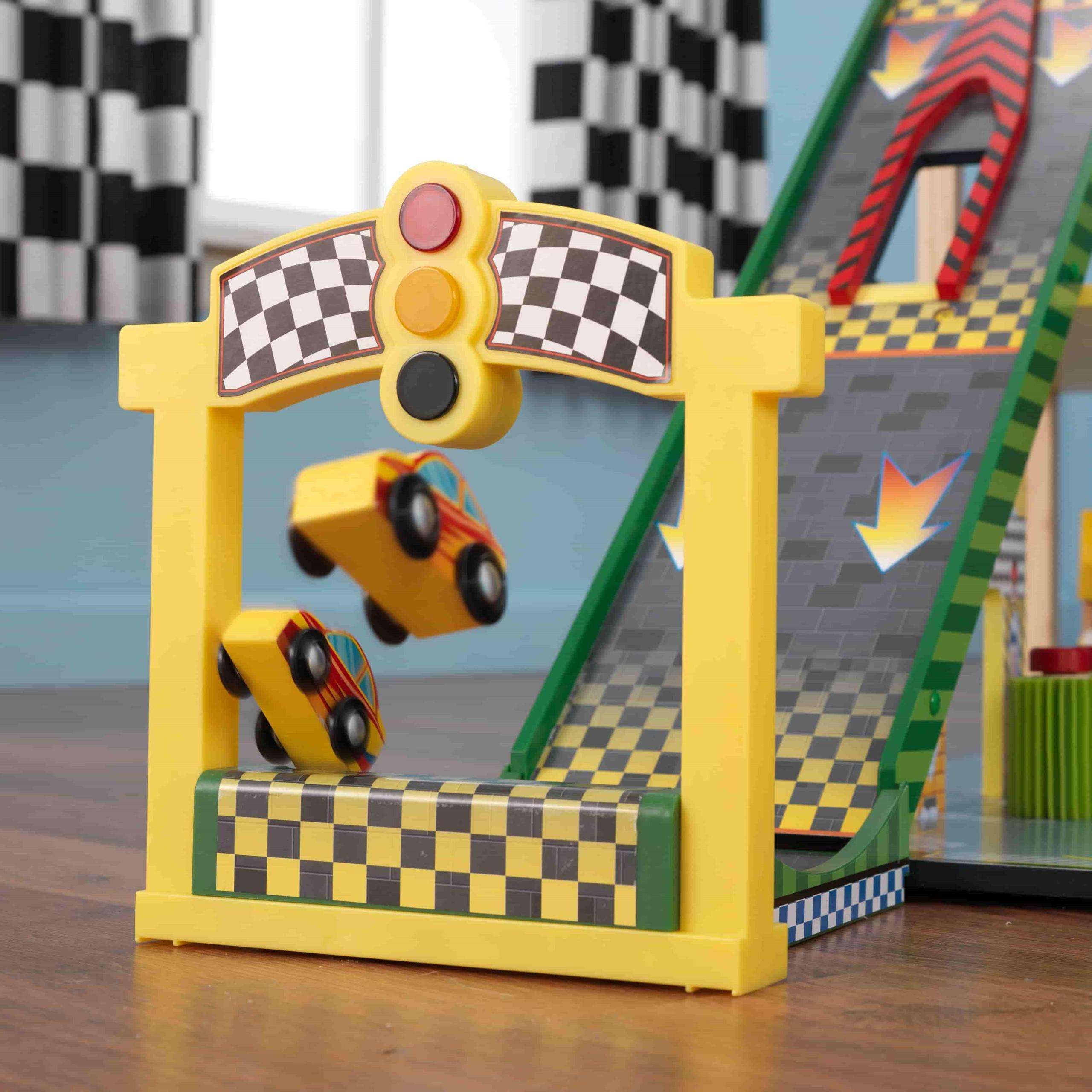 Детски дървен паркинг и голяма състезателна писта от KidKraft - детски играчки за момчета(12)-bellamiestore