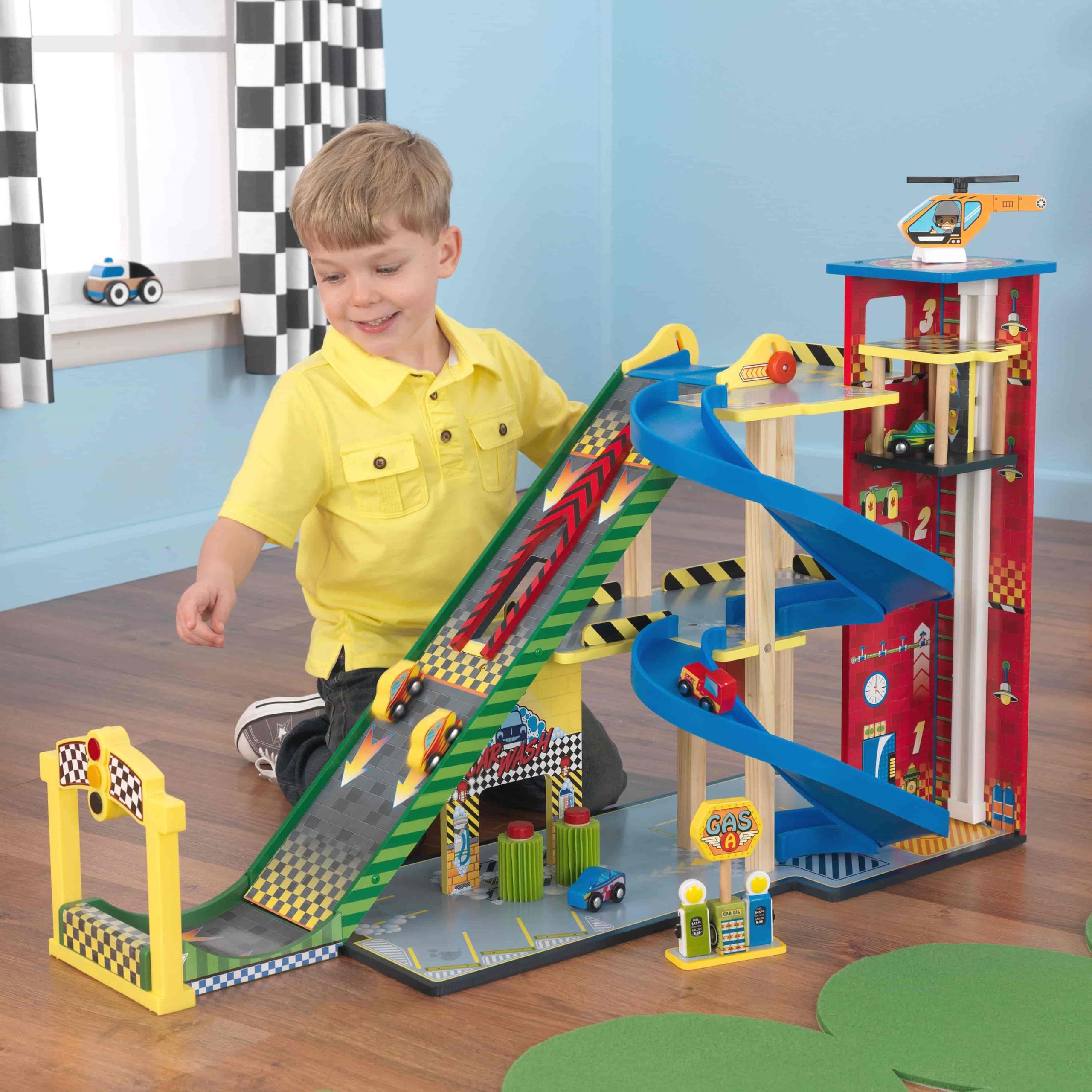 Детски дървен паркинг и голяма състезателна писта от KidKraft - детски играчки за момчета(14)-bellamiestore