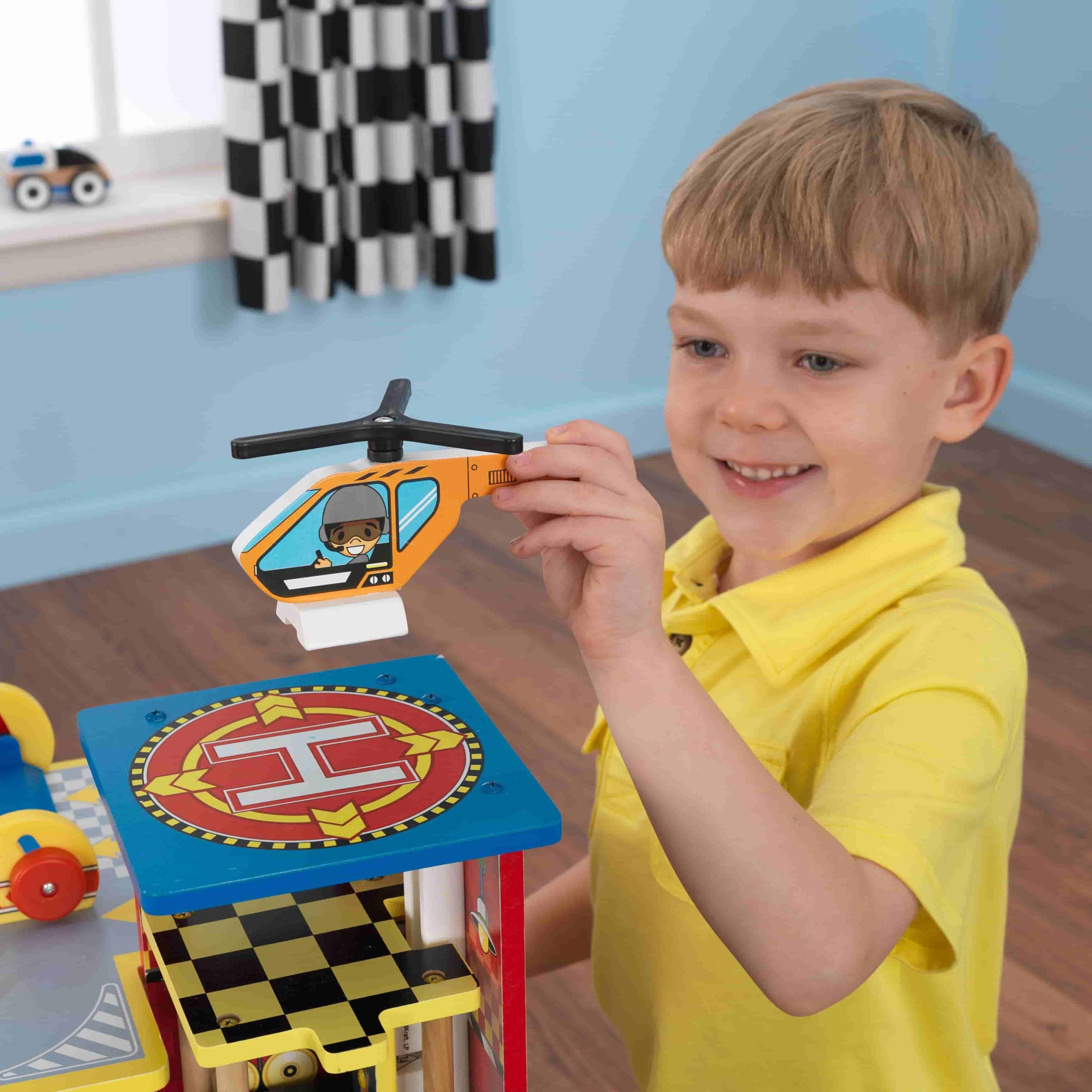 Детски дървен паркинг и голяма състезателна писта от KidKraft - детски играчки за момчета(5)-bellamiestore