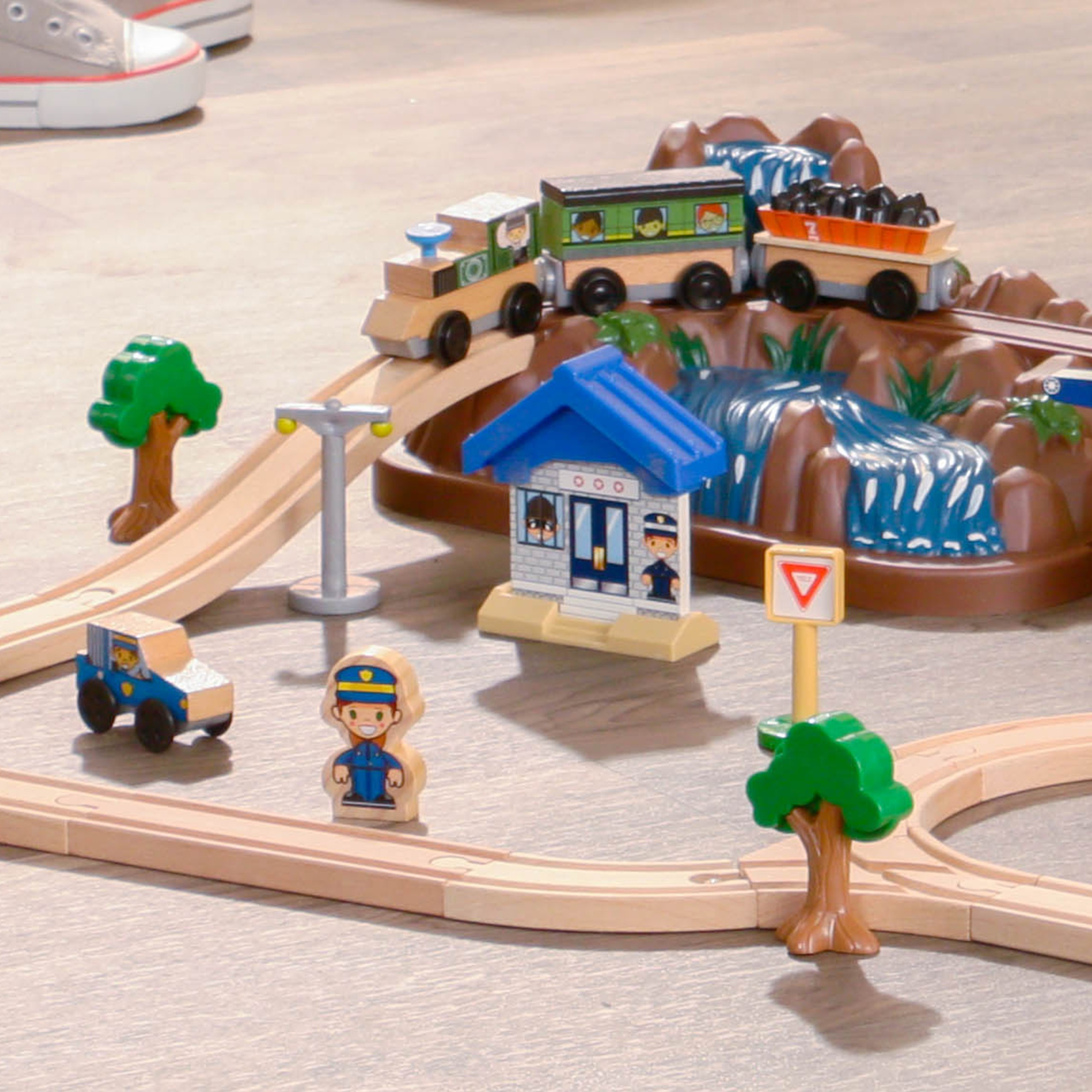 Детски дървен влак - На върха на планината от KidKraft-детски играчки за момчета и момичета(4)-bellamie