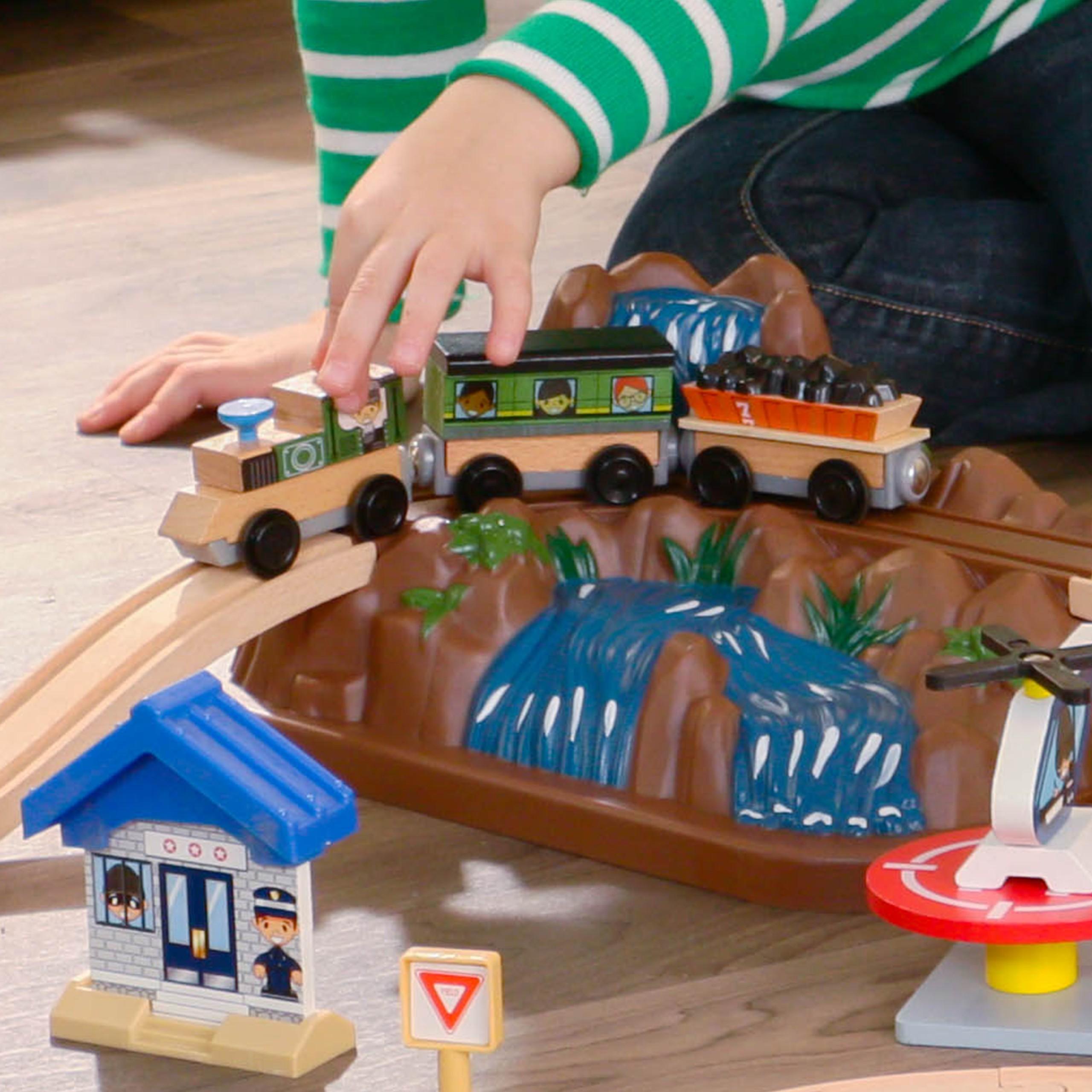 Детски дървен влак - На върха на планината от KidKraft-детски играчки за момчета и момичета(6)-bellamie