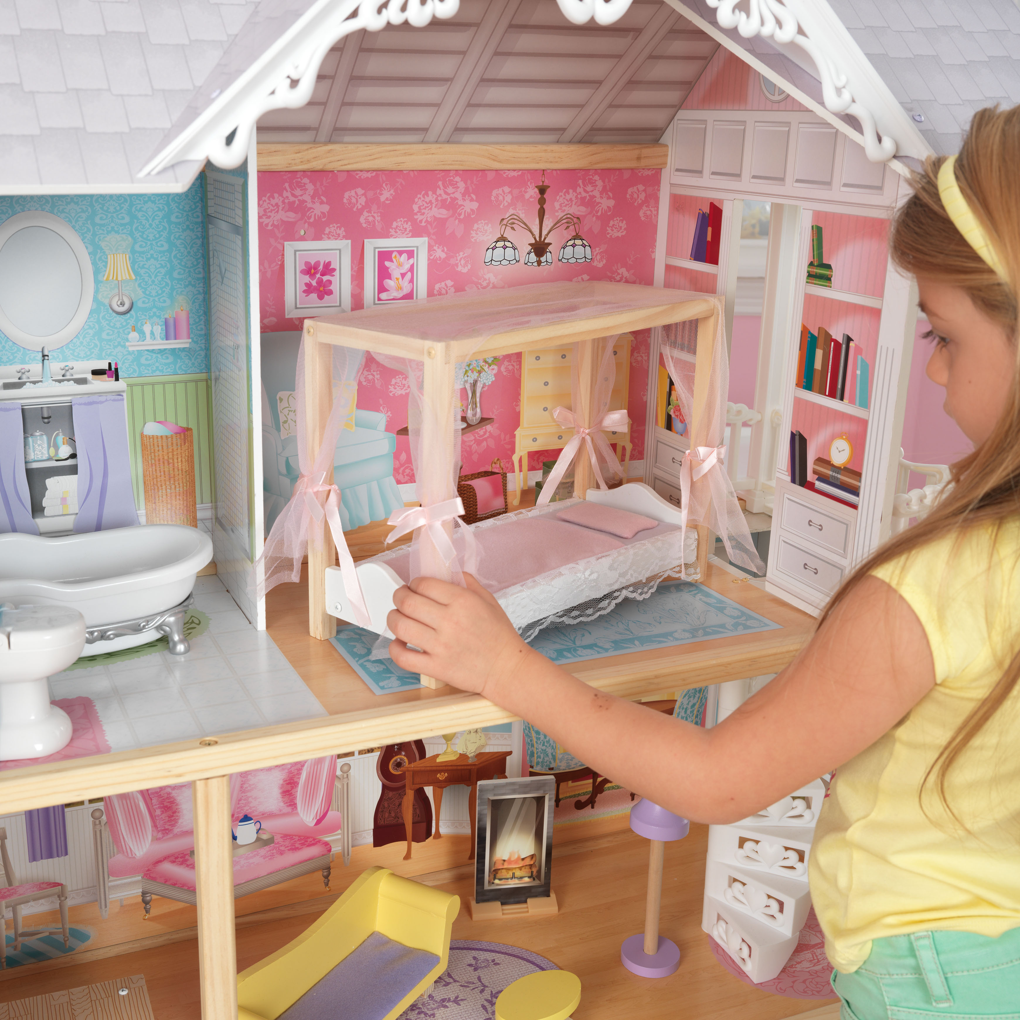 Дървена куклена къща Кайли от KidKraft - детска играчка за момичета - Белламие
