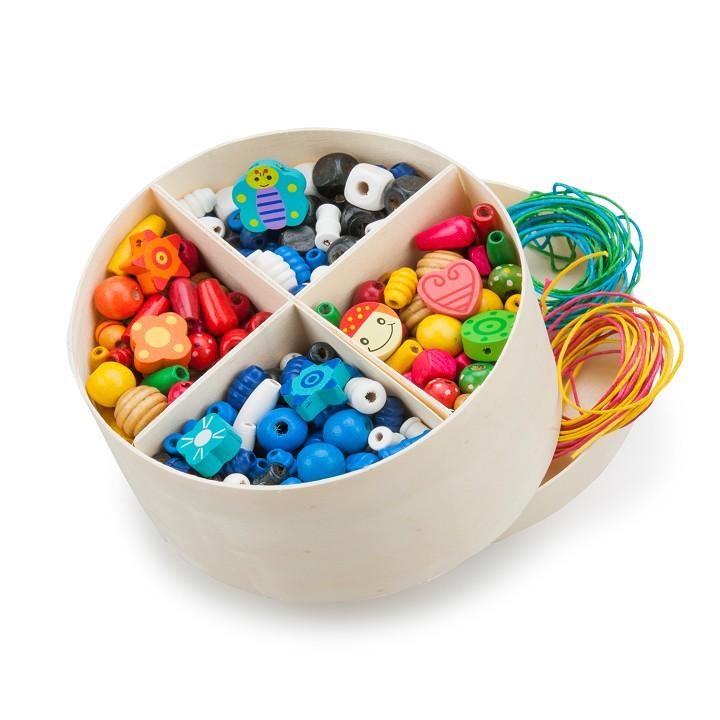 Цветни дървени мъниста за нанизване - 260 грама - дървена играчка за момичета от New classic toys-bellamiestore
