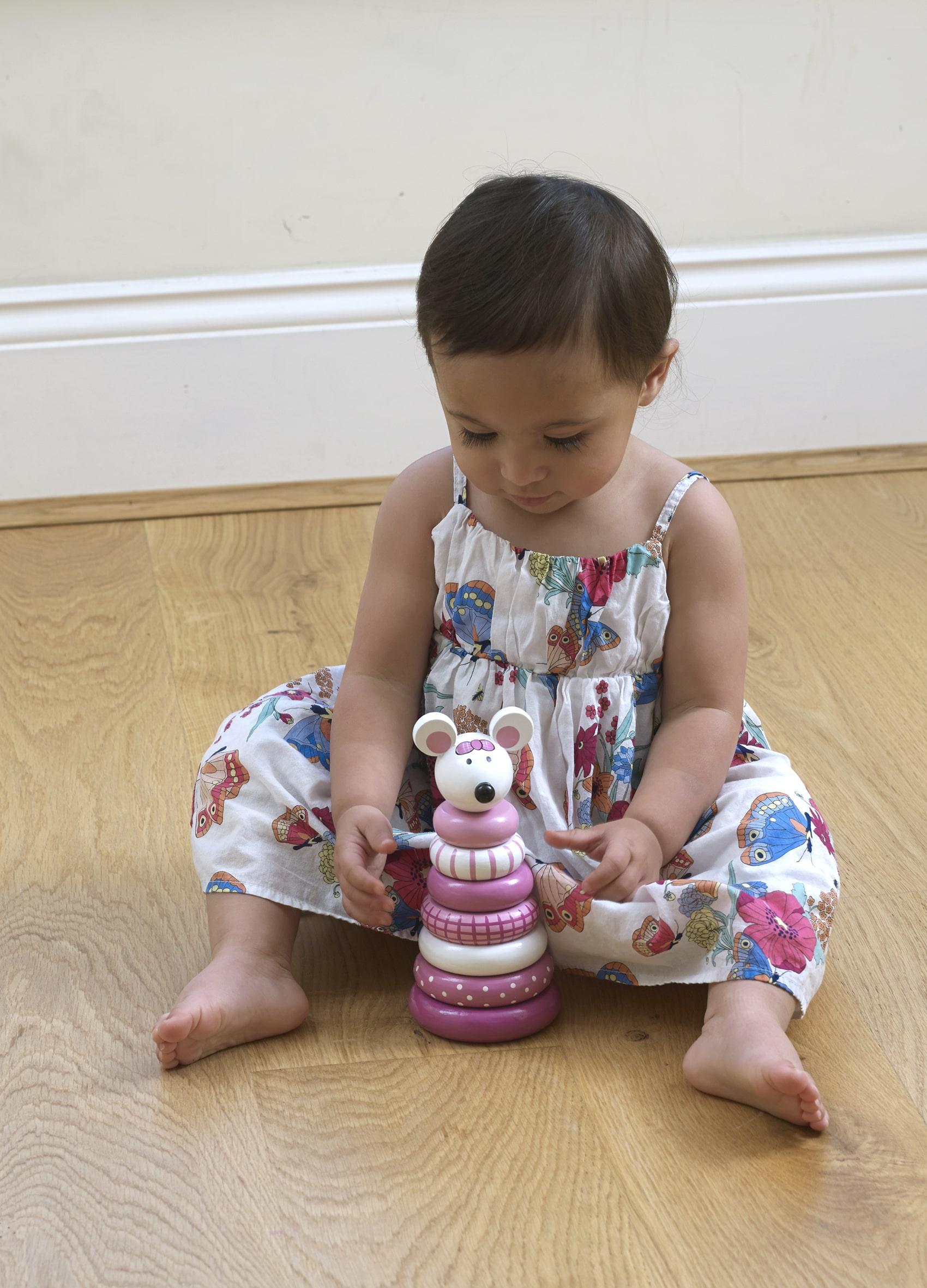 Дървена играчка за нанизване с рингове - Мишле от Orange Tree Toys - Бебешки играчки - Bellamie