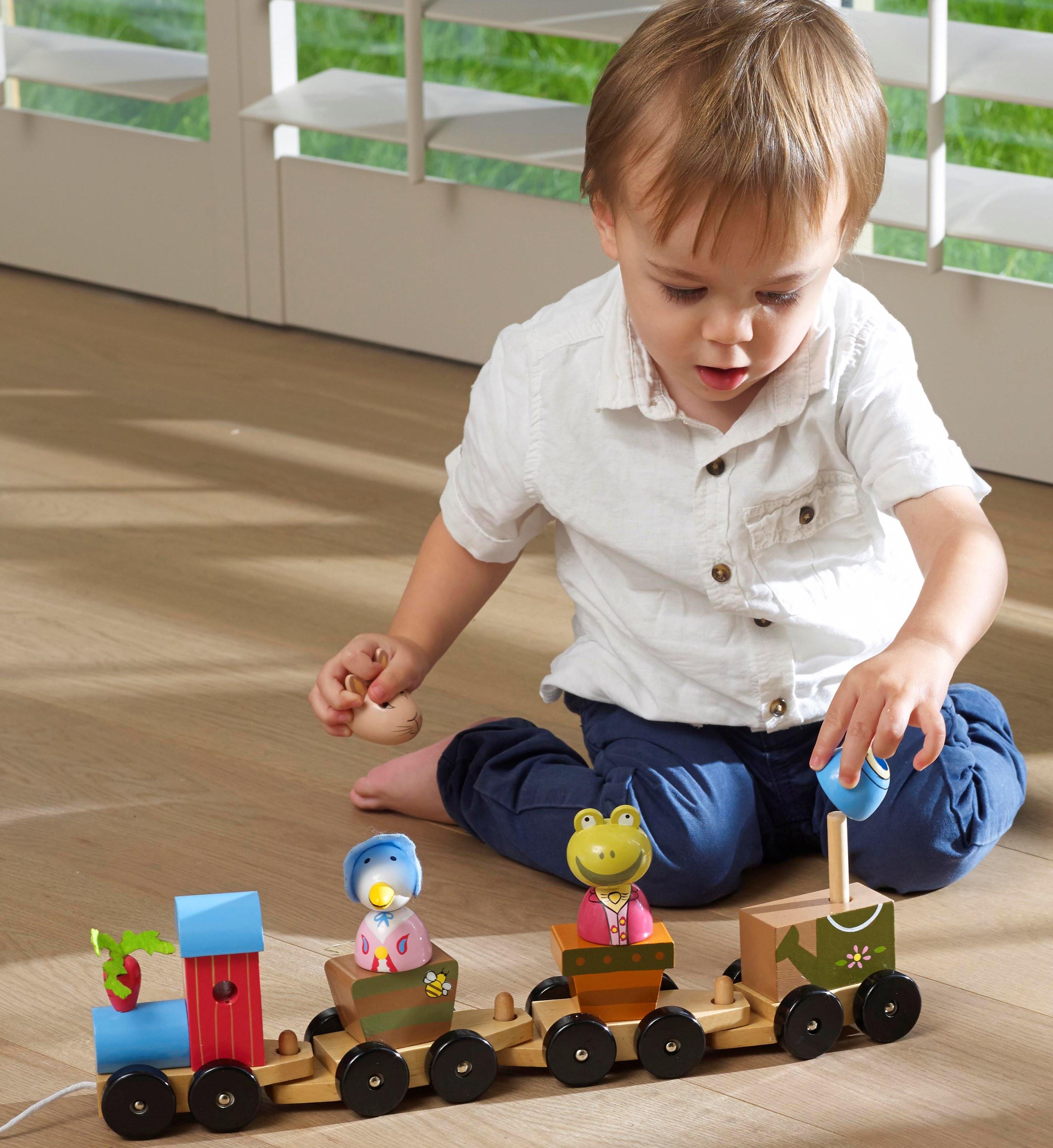 Дървено влакче за дърпане и нанизване - Зайчето Питър от Orange Tree Toys - дървени играчки - bellamie