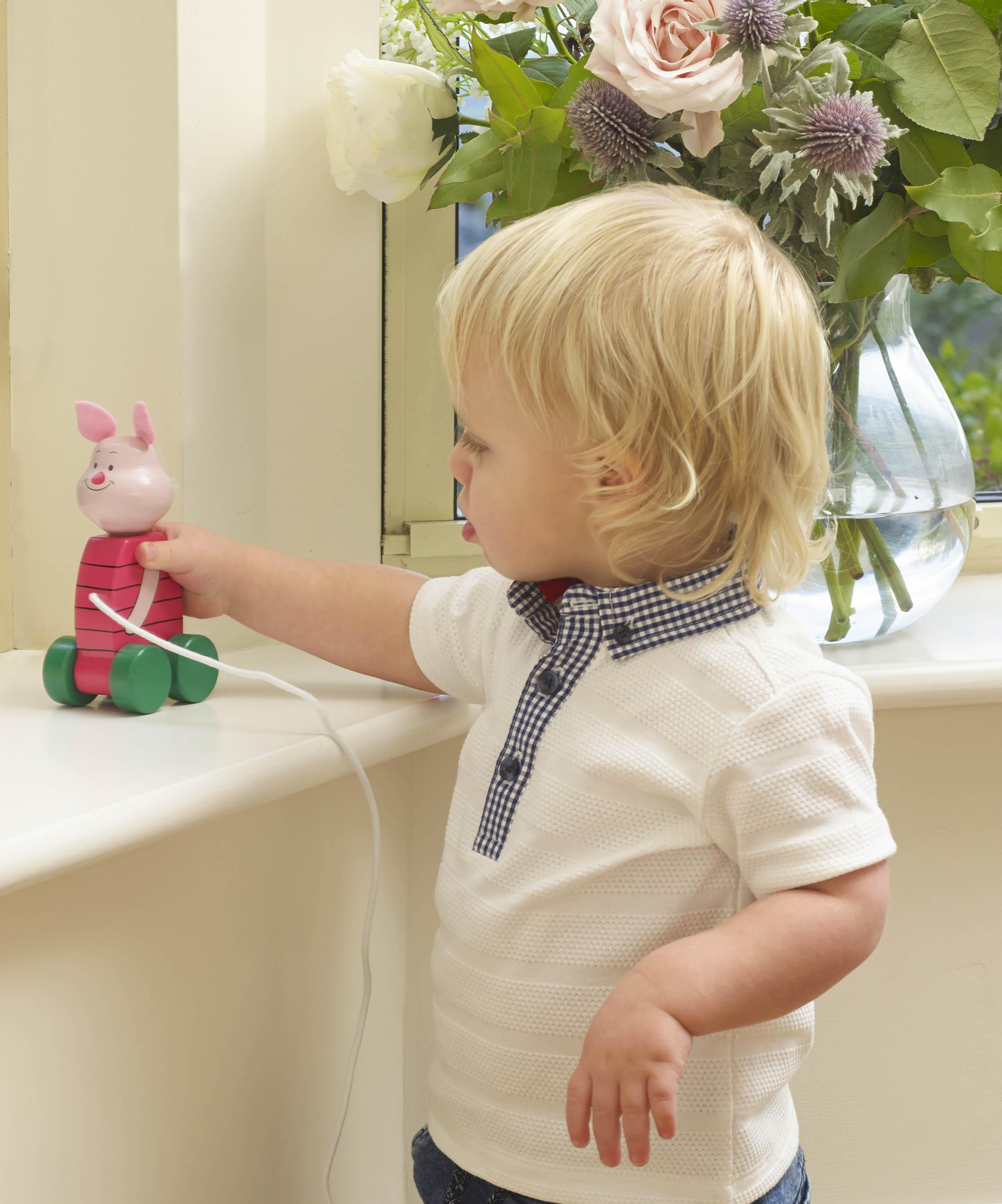 Orange Tree Toys - Дървена играчка за дърпане - Прасчо - Bellamie