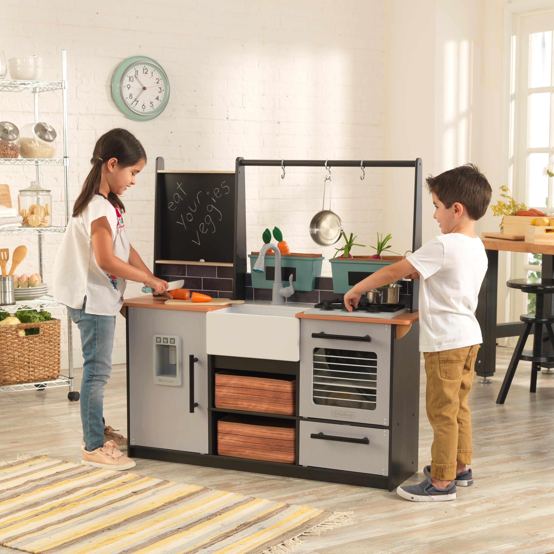 Детска дървена кухня от градината до кухнята - Kidkraft - дървени играчки - Bellamie
