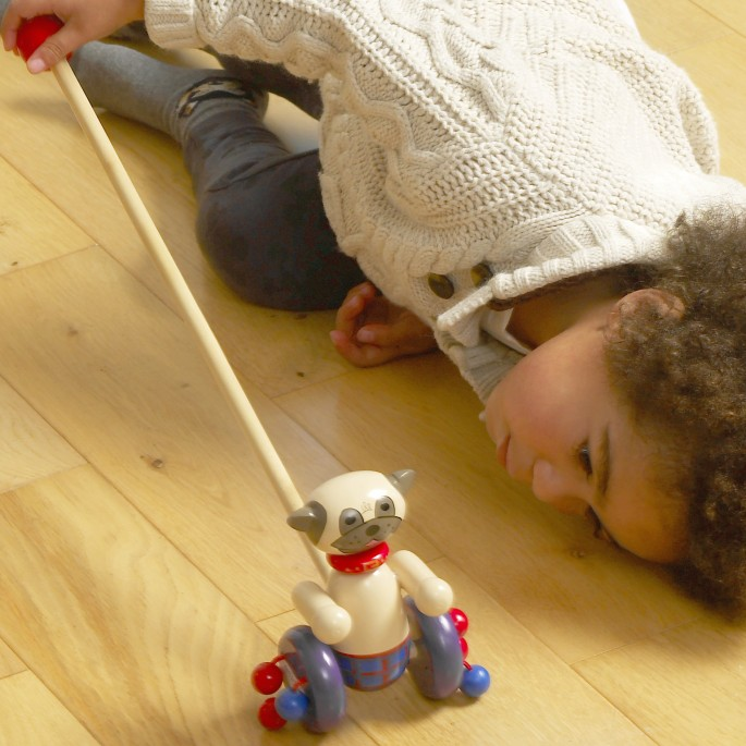 Детска дървена буталка - Мопс - Orange tree toys детски играчки-bellamiestore