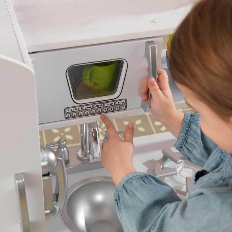 Детска дървена кухня винтидж в бяло- детска играчка от KidKraft(4)-bellamiestore