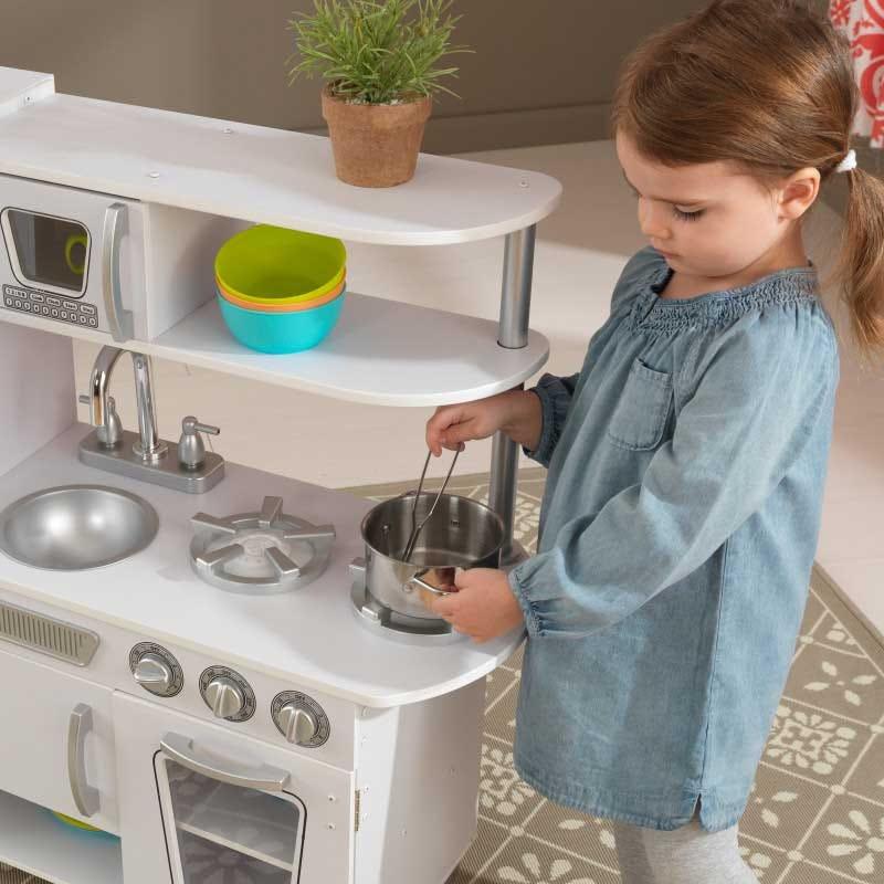 Детска дървена кухня винтидж в бяло- детска играчка от KidKraft(3)-bellamiestore