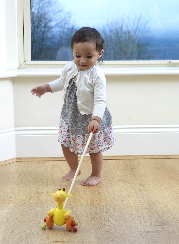 Играчка за бутане - Жираф от Orange Tree Toys - бебешка играчка- Bellamie