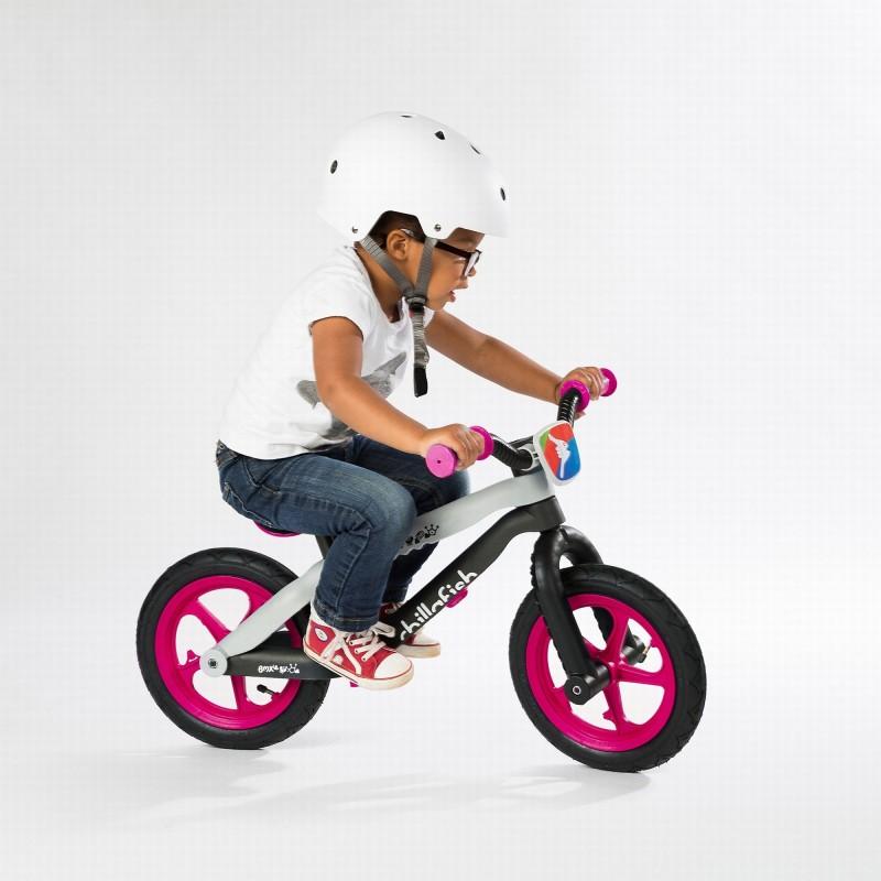 Детско колело за балансиране bmxie в розово - Chillafish(1)-bellamiestore