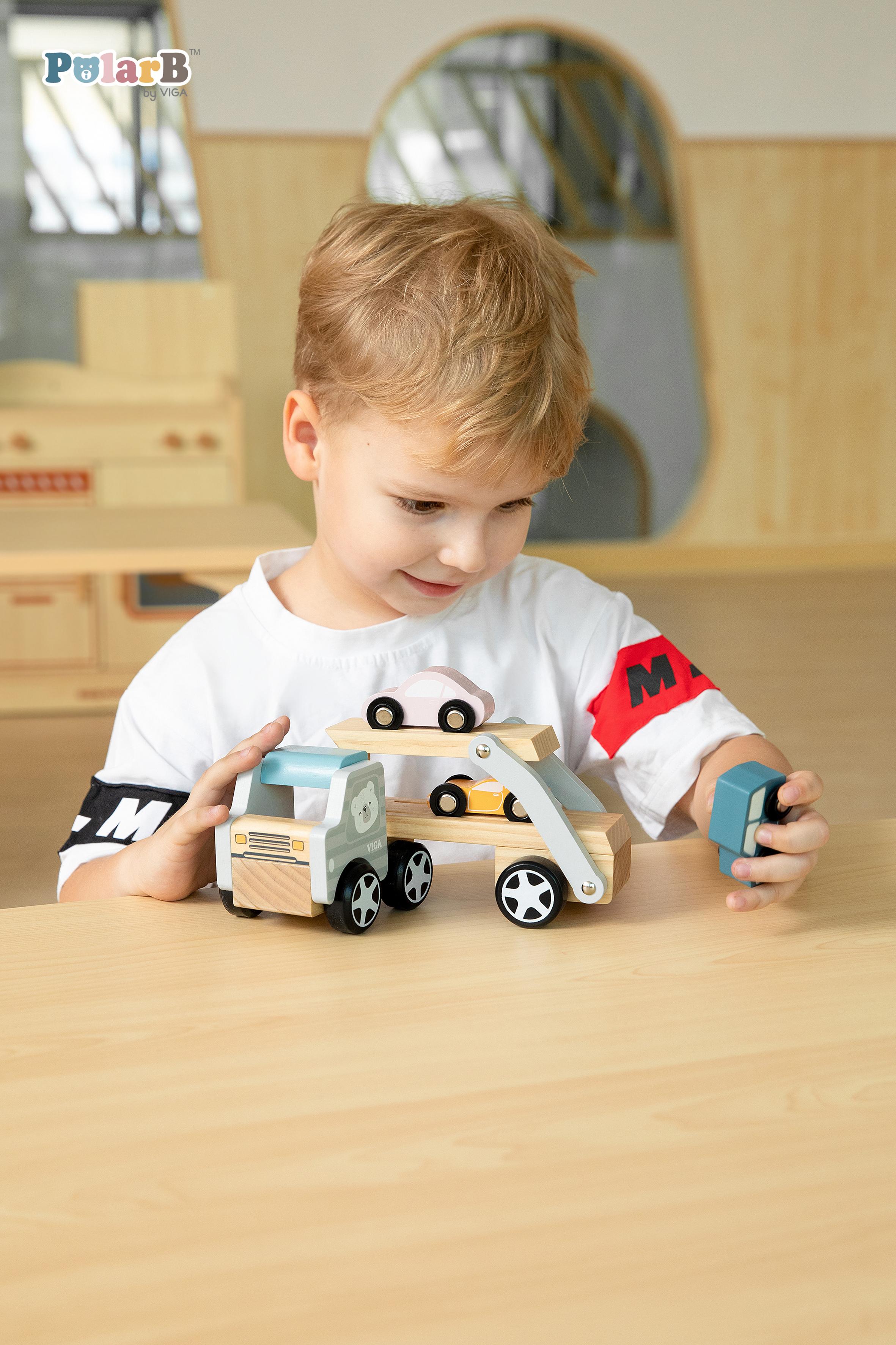Дървен камион с три коли Polar Bear от Viga toys-bellamiestore