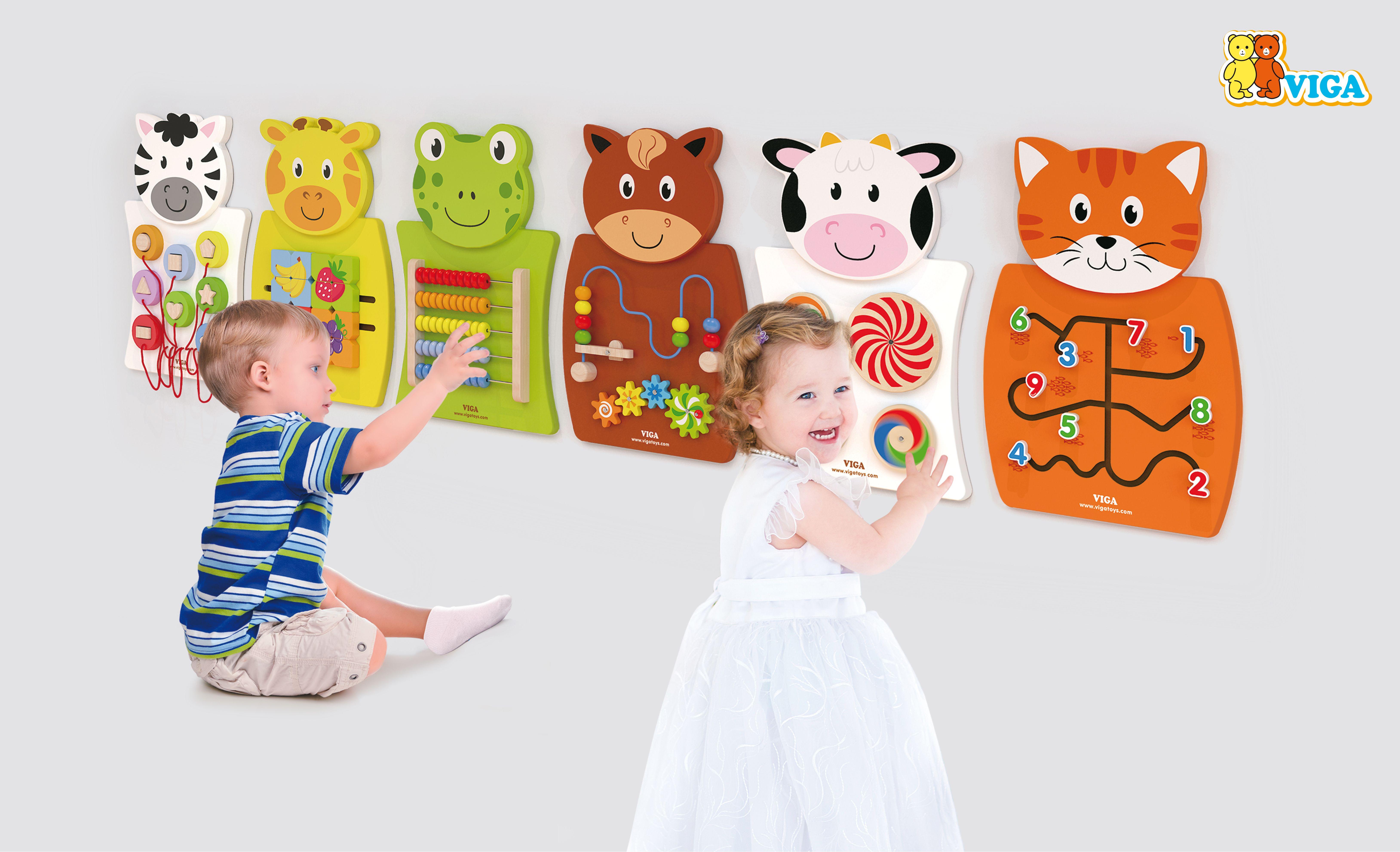 Дървена играчка за стена коте от Viga toys-bellamiestore