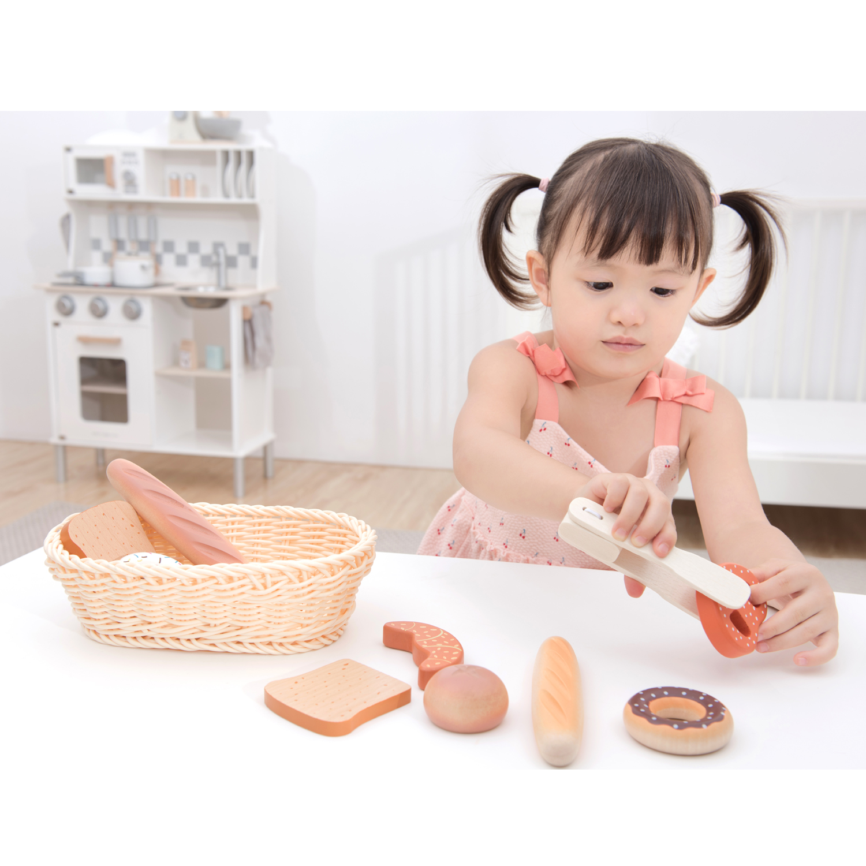 Дървена играчка - кошница с хлебчета от New classic toys-bellamiestore