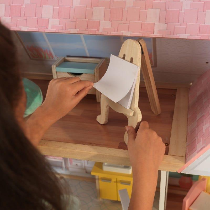 Дървена кукленска къща за игра Лола от Kidkraft-bellamiestore