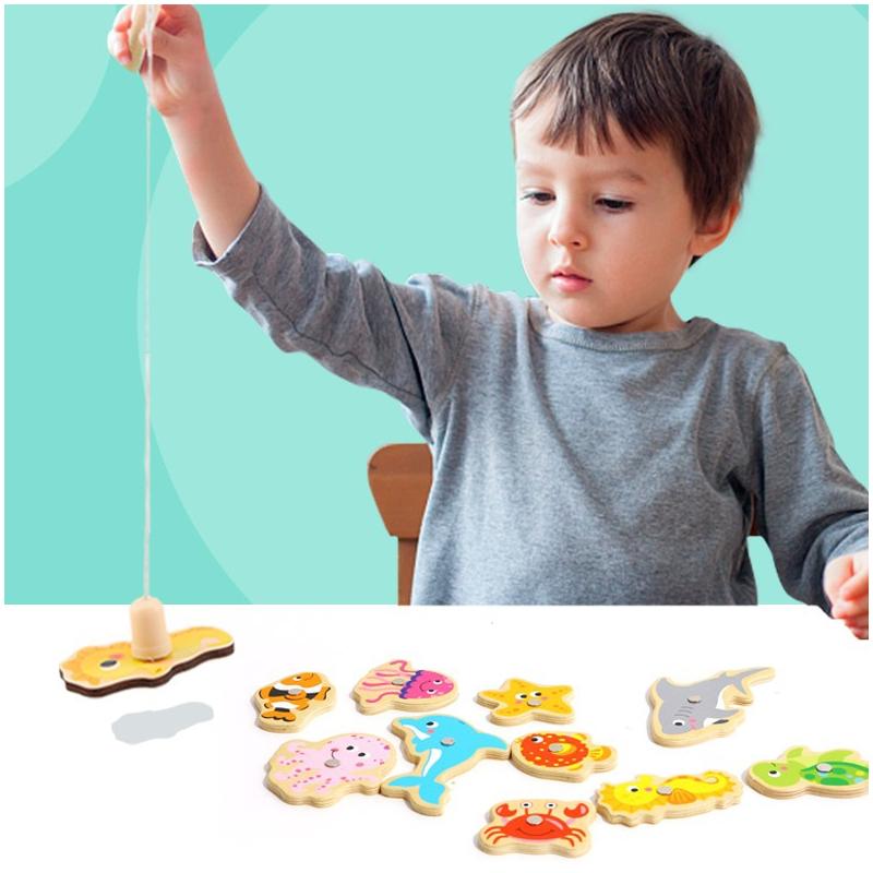 Образователна игра за ловене на дървени рибки от Tooky toy-bellamiestore