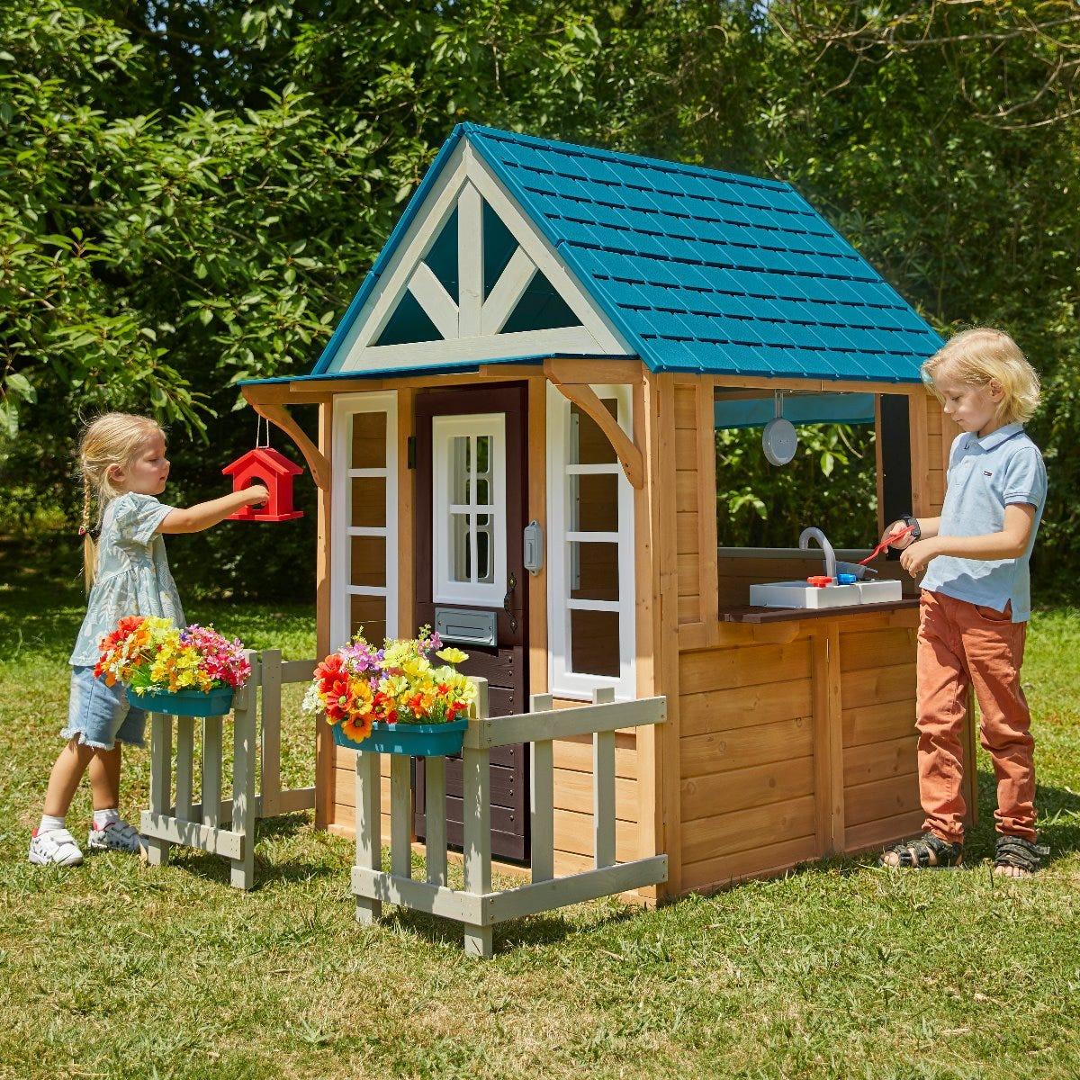 Дървена къща - Бунгало за двора от KidKraft-bellamiestore