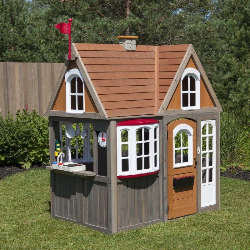 Просторна детска къща за двора от KidKraft-bellamiestore